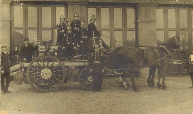 Batley Fire Brigade, first steam fire engine, 1909