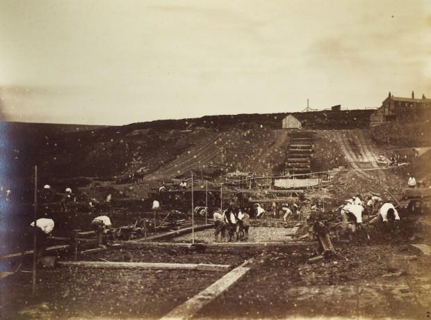 Puddlers' lining Wessenden Head Reservoir, c1881
